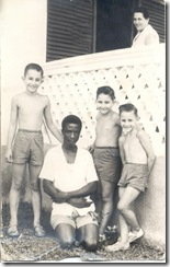 Bonifacio, mis hermanos, mi madre y yo