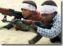 Niños en gaza-con armas