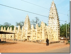 La Gran Mezquita en Bobo-Dioulasso, Burkina Faso-EL CRISOL DE LA CORDURA